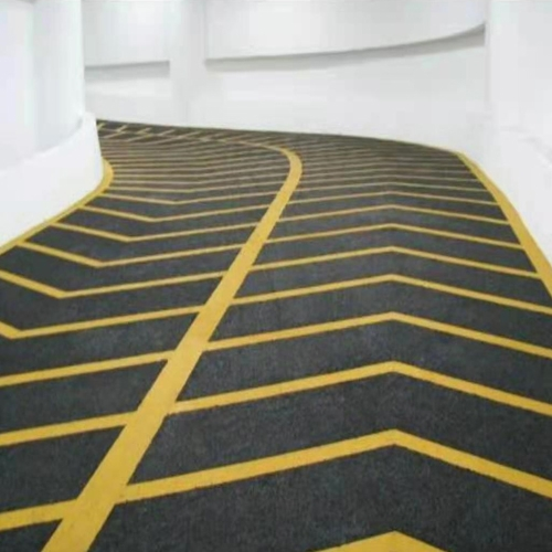 贵阳防滑坡道地坪
